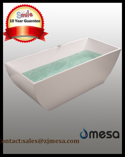 (3) MEC3045-- Freestanding Polish Chrome Acrylic Rectangular Bath Tub.jpg