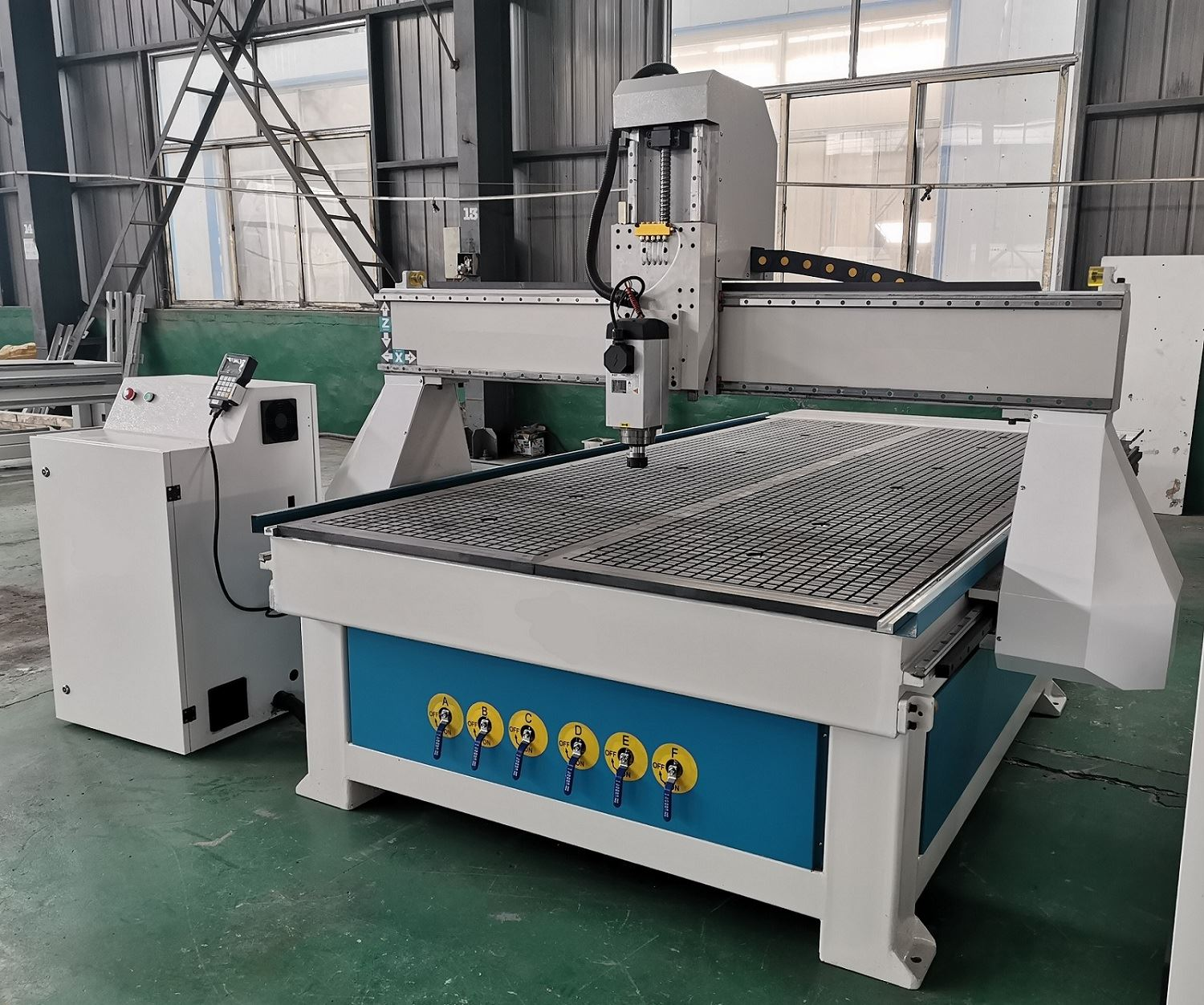 Air cooled spindle vacuum table cnc